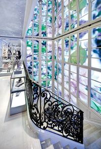 Dior_flagship_store_01